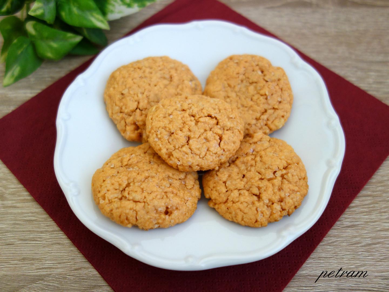 Arašídovo-čočkové sušenky bez lepku, mléka a vajec