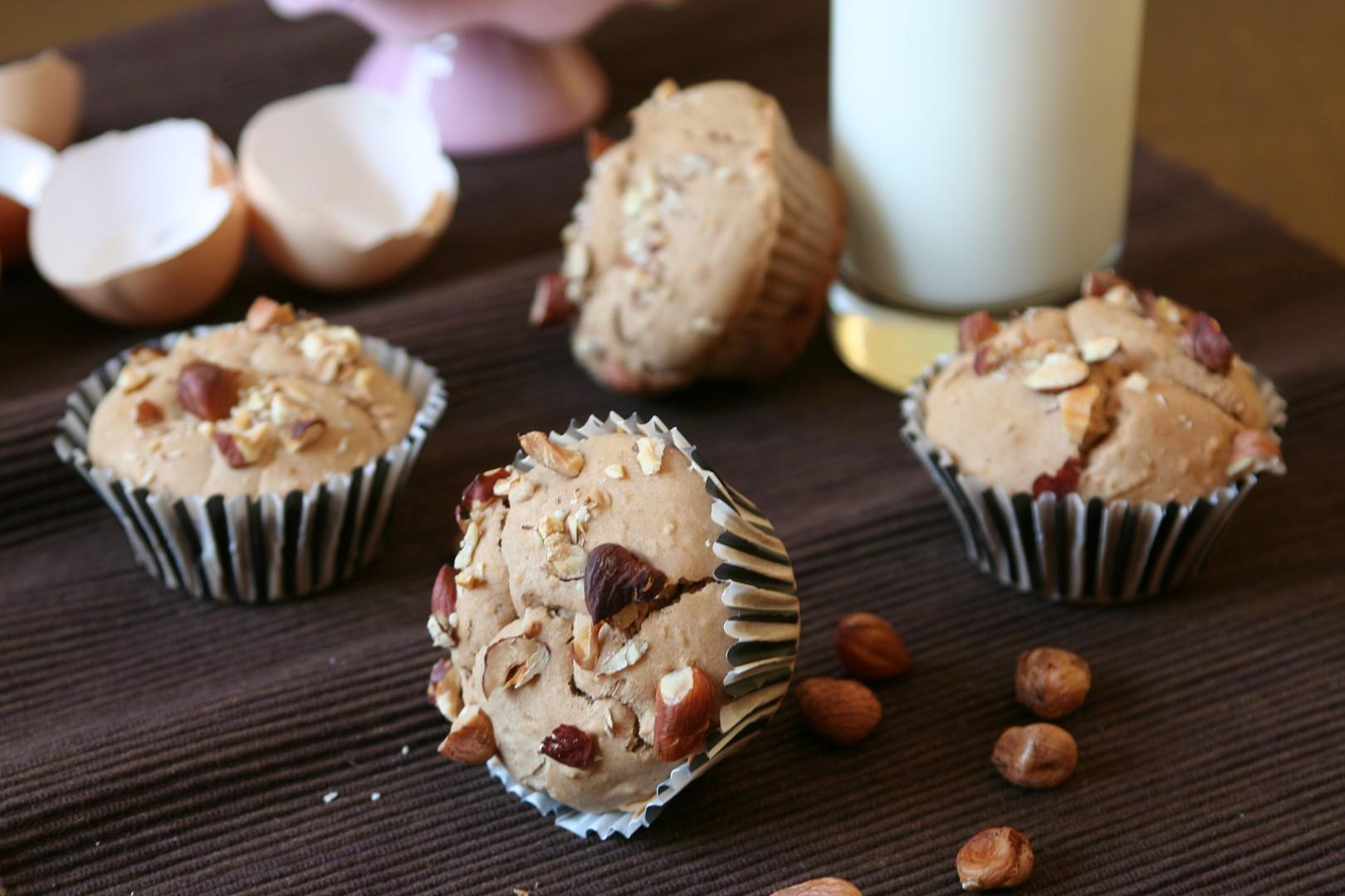 Bezlepkové muffiny s jablky a oříšky