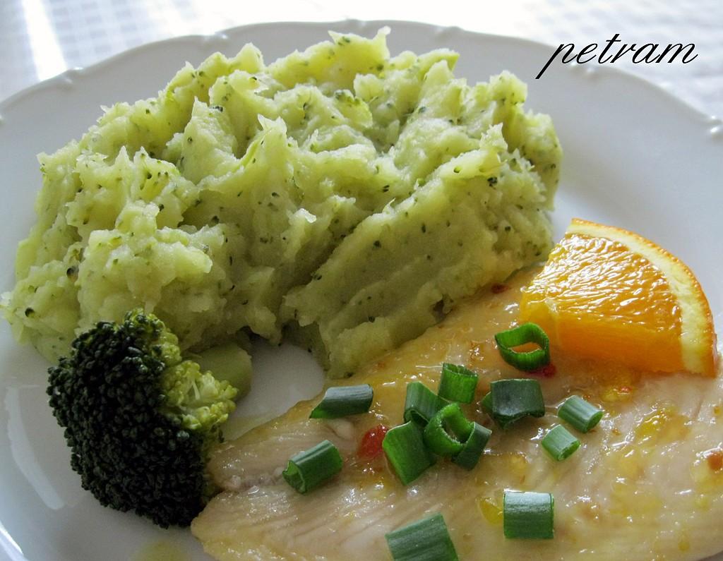 Bramborovo-brokolicové pyré bez mléčných složek (nejen pro alergiky)