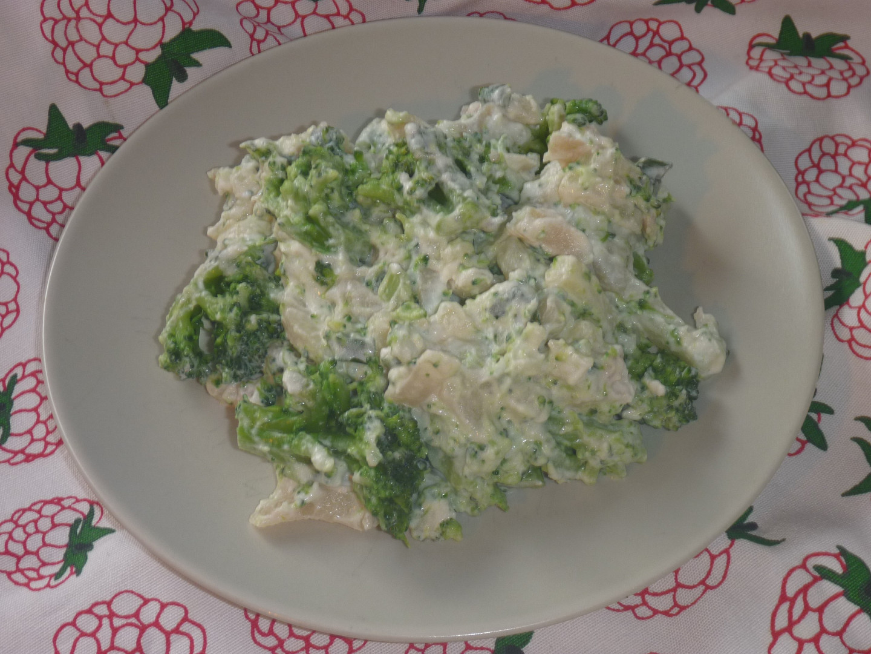 Bramborovo-brokolicový salát