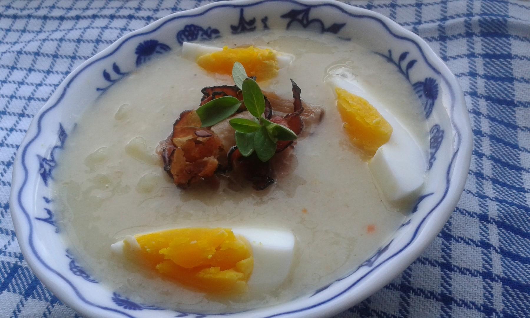 Bramborovo-celerová polévka se smetanou