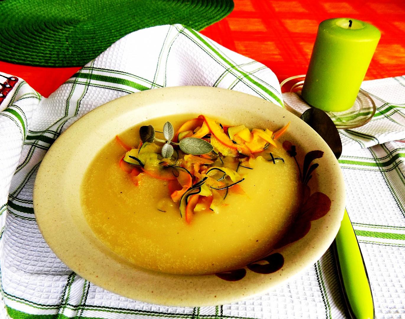 Bramborovo - cuketová polévka