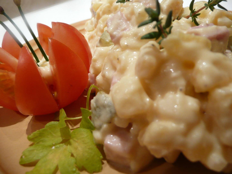 Bramborový salát s výtečnou zálivkou zvanou Blebajs