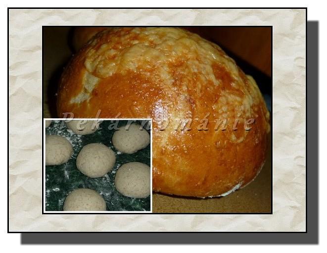 Bulky se sýrem a celozrnnou moukou