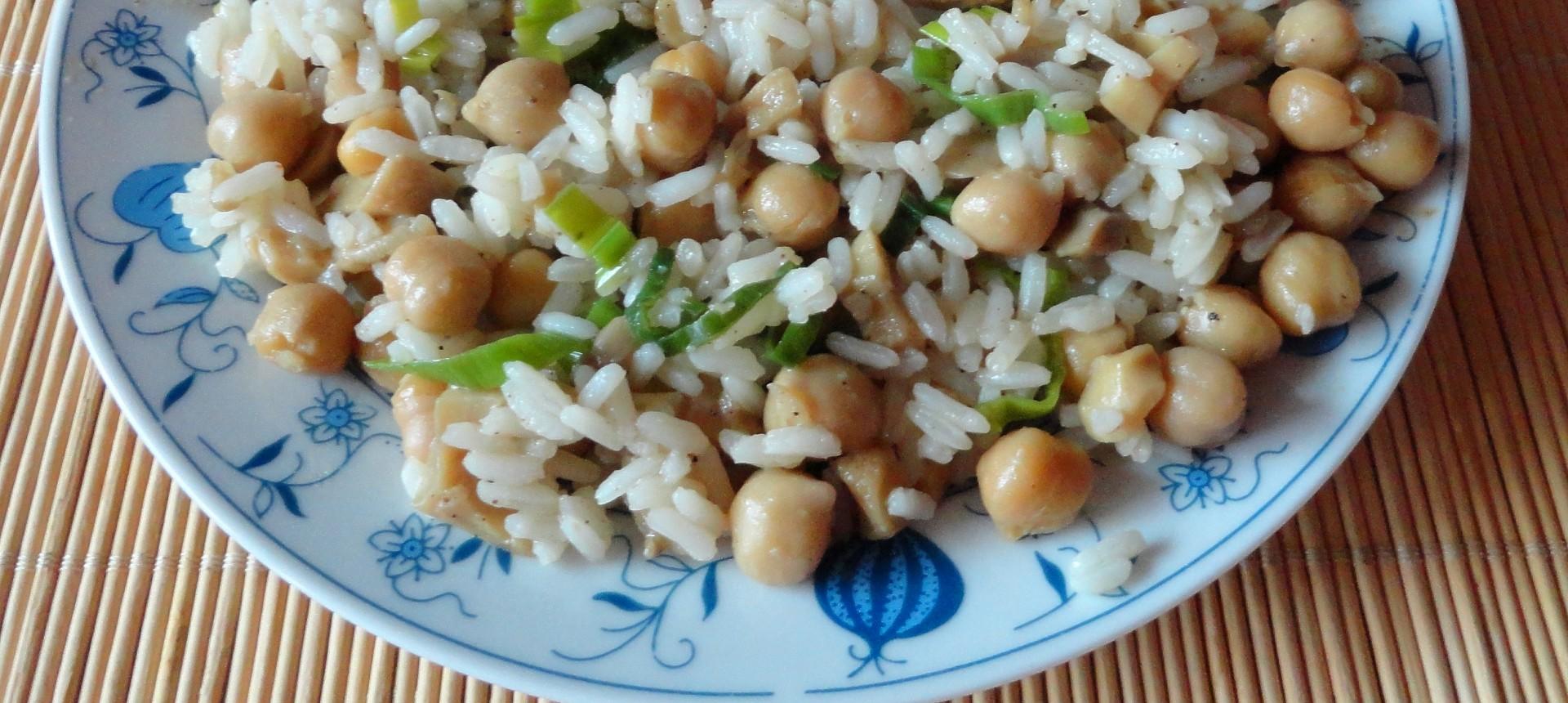 Cizrna s rýží, žampióny a pórkem