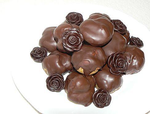 Čokoláda kam se podíváš Čokokuličky s pařížskou šlehačkou