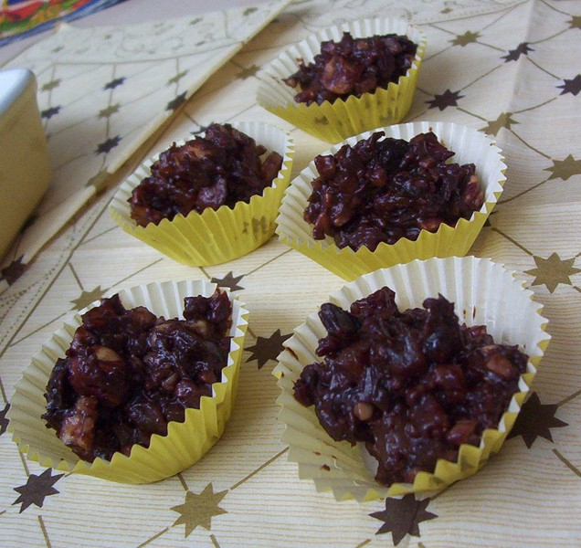 Čokoládové kopečky s ovocem