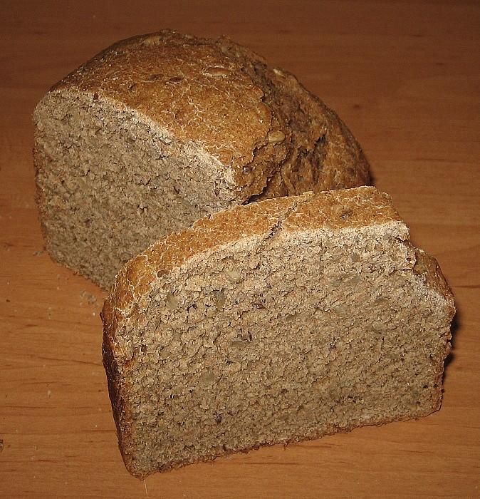 Grahamový špaldový kváskový chléb