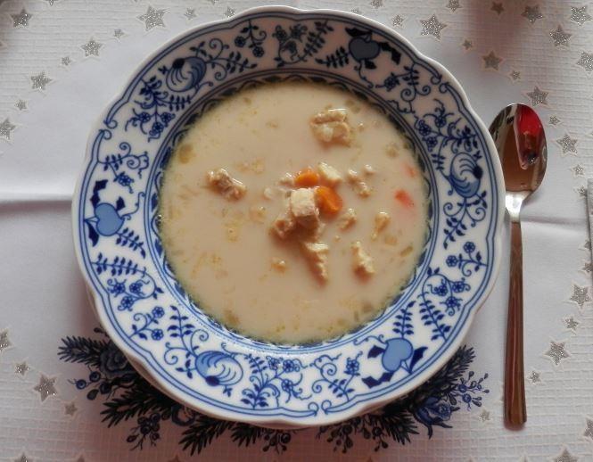 Jemná a rychlá polévka z rybího filé
