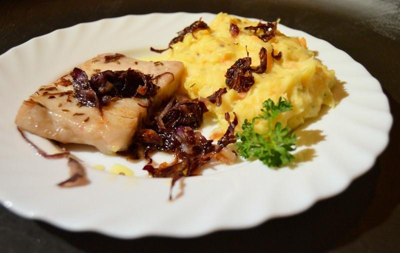 Jemná bramborovo-mrkvová kaše s petrželkou