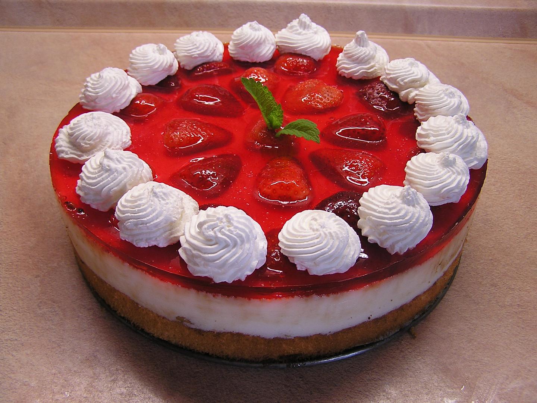 Jogurtový dort s ovocem