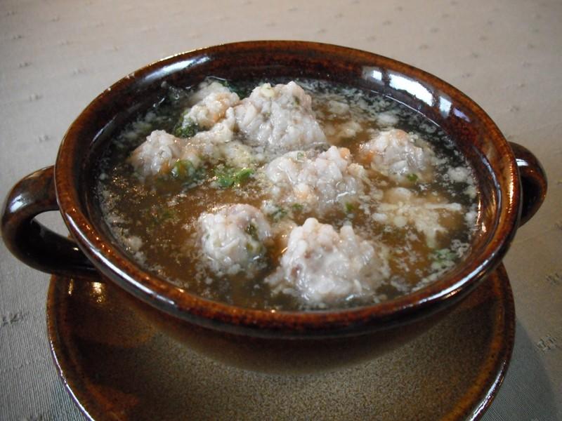 Knedlíčková polévka