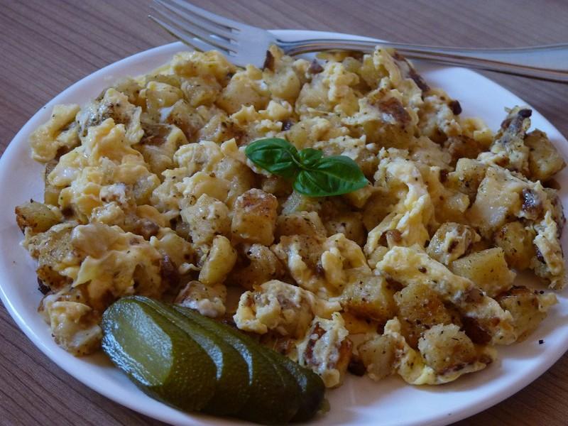 Knedlíky s vejci na špeku