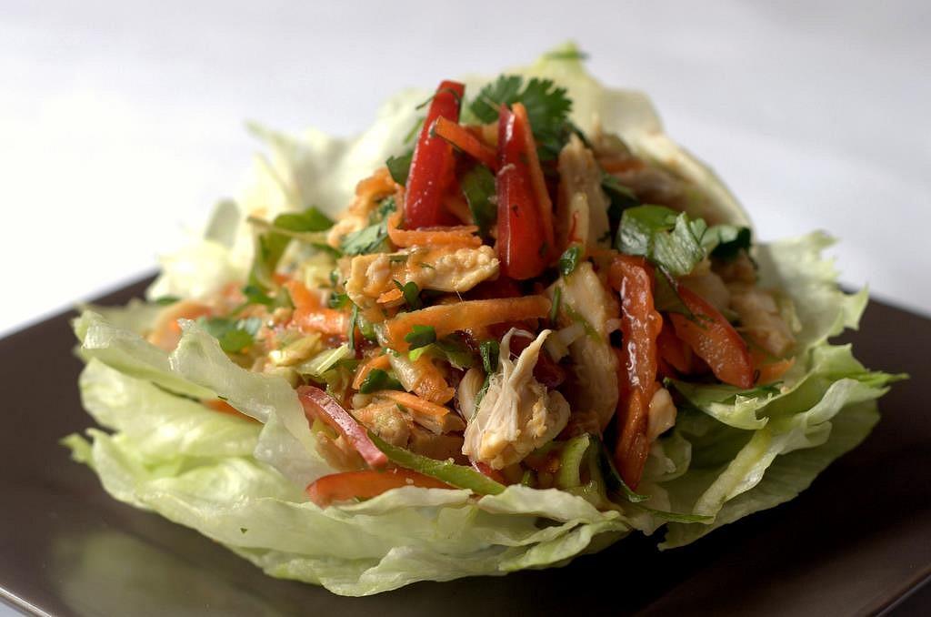 Kuřecí azijsky salat