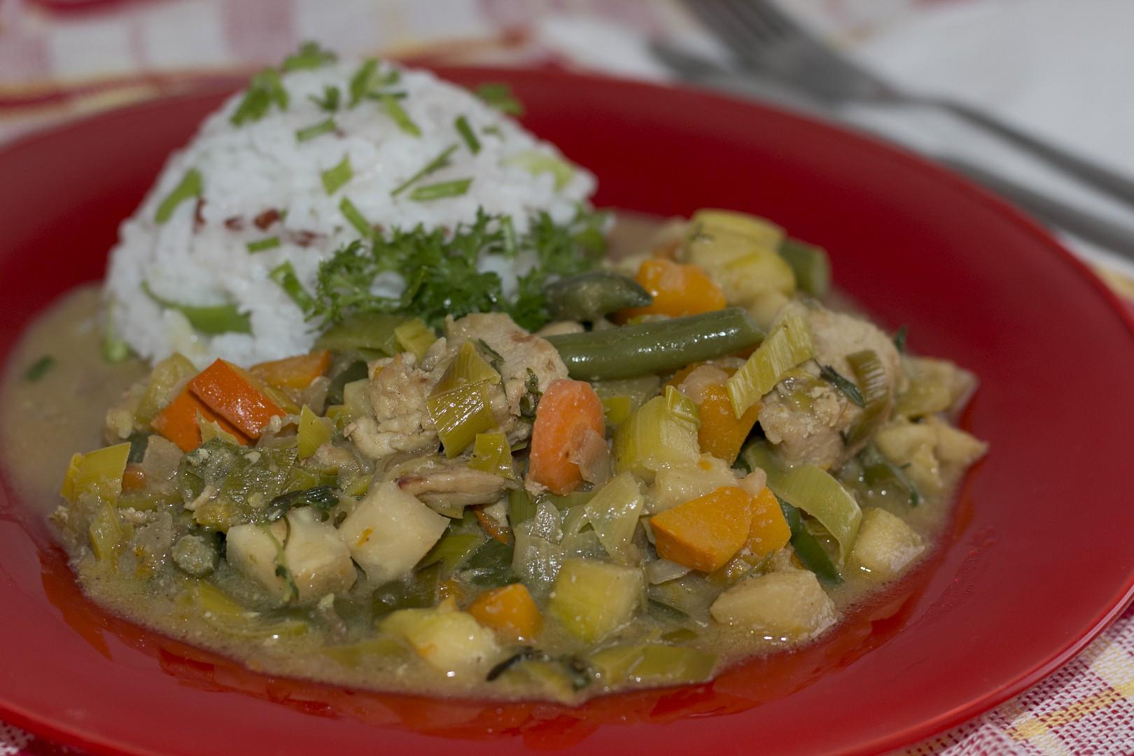 Kuřecí kousky na zelenině s vůní tymiánu