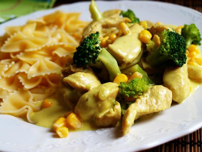 Kuřecí soté s brokolicí