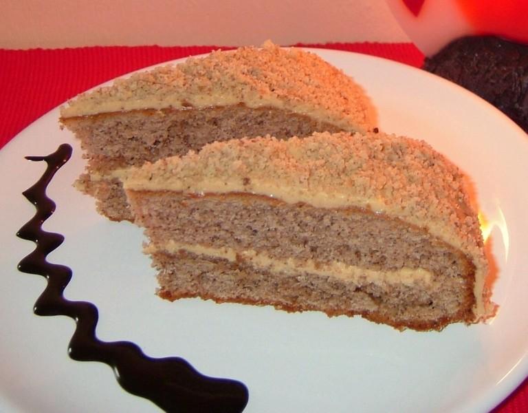 Medovo-ořechový koláč