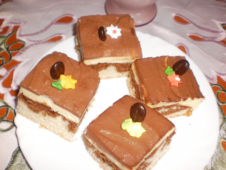 Mramorový moučník s tvarohem a čokoládou