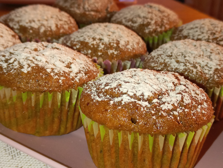 Mrkvovo - kefírové muffiny (hrnkové)