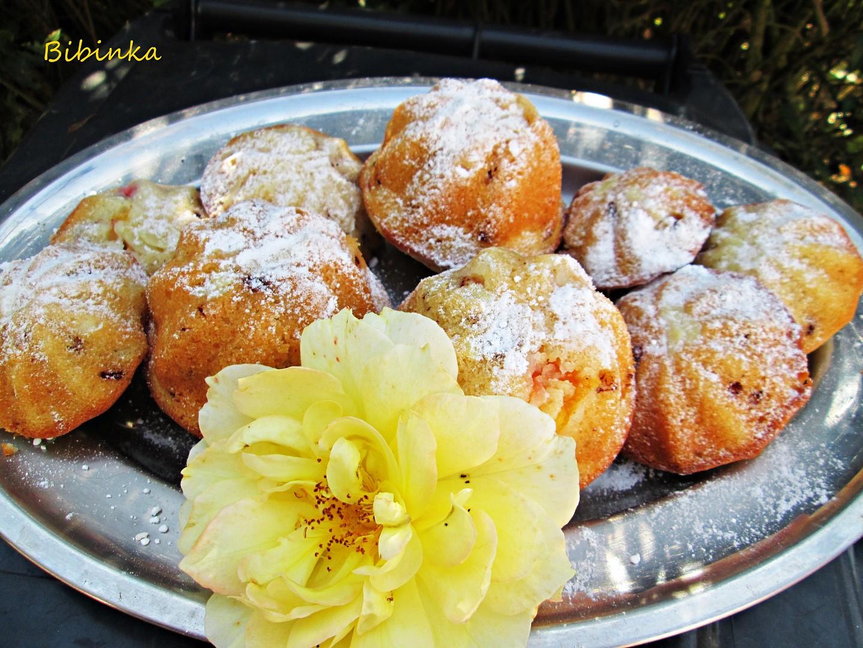Muffiny s čokoládou a broskvemi