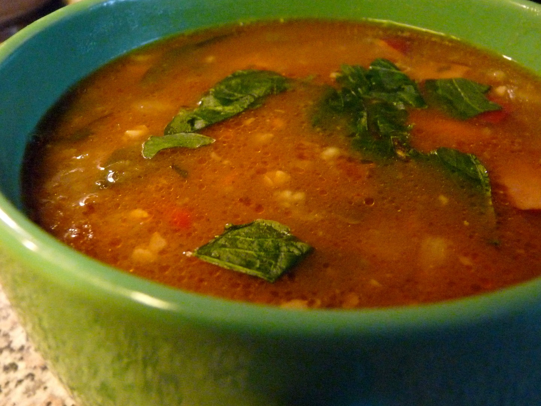 Novoroční polévka s jáhlami a cizrnou