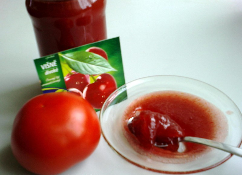 Ochucená rajčatová marmeláda
