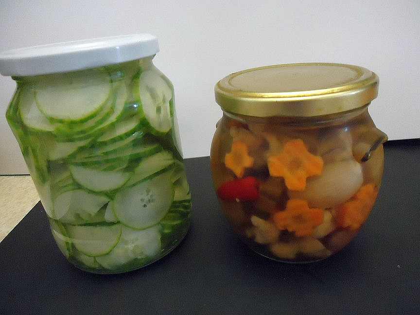 Okurky a zelenina nakládané po vietnamsku
