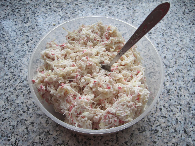 Pomazánka z krabích tyčinek s celerem