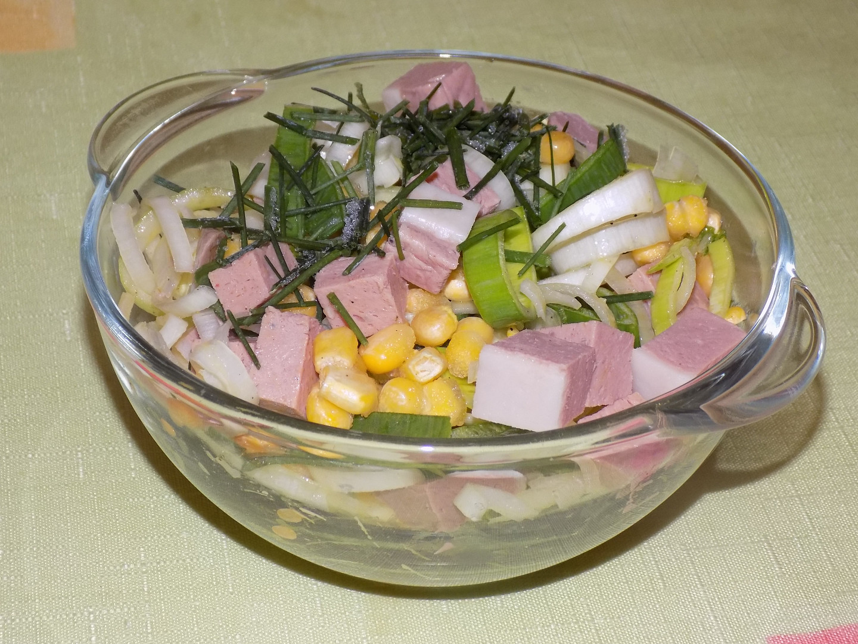 Pórkový salát s játrovým sýrem