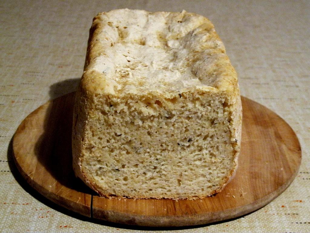 Rozmarýnový chléb bez lepku, mléka a vajec