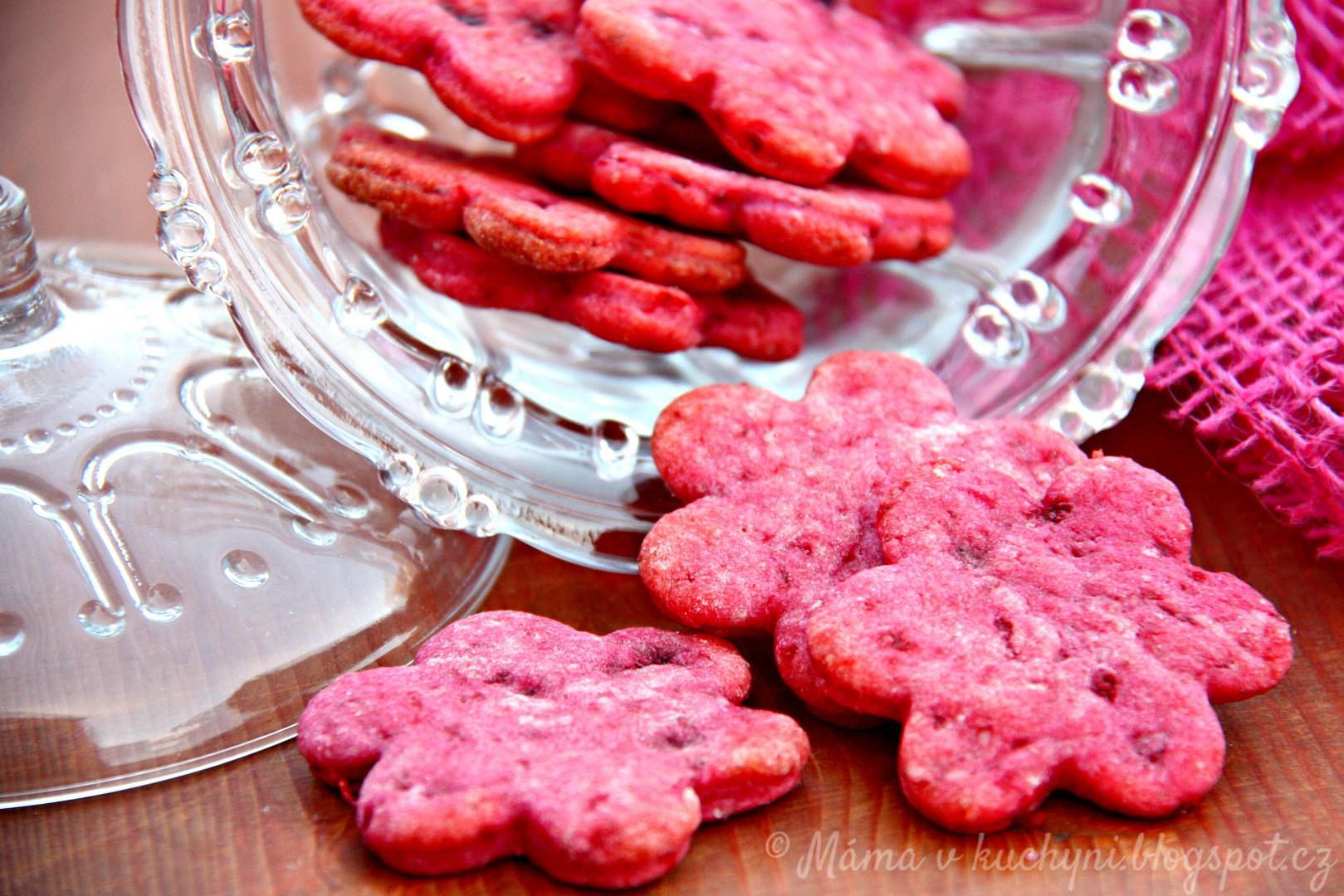 Růžové sušenky z červené řepy
