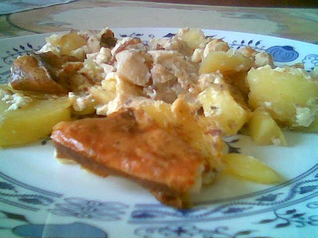 Rybí filé zapečené s bramborem, houbami a zázvorem