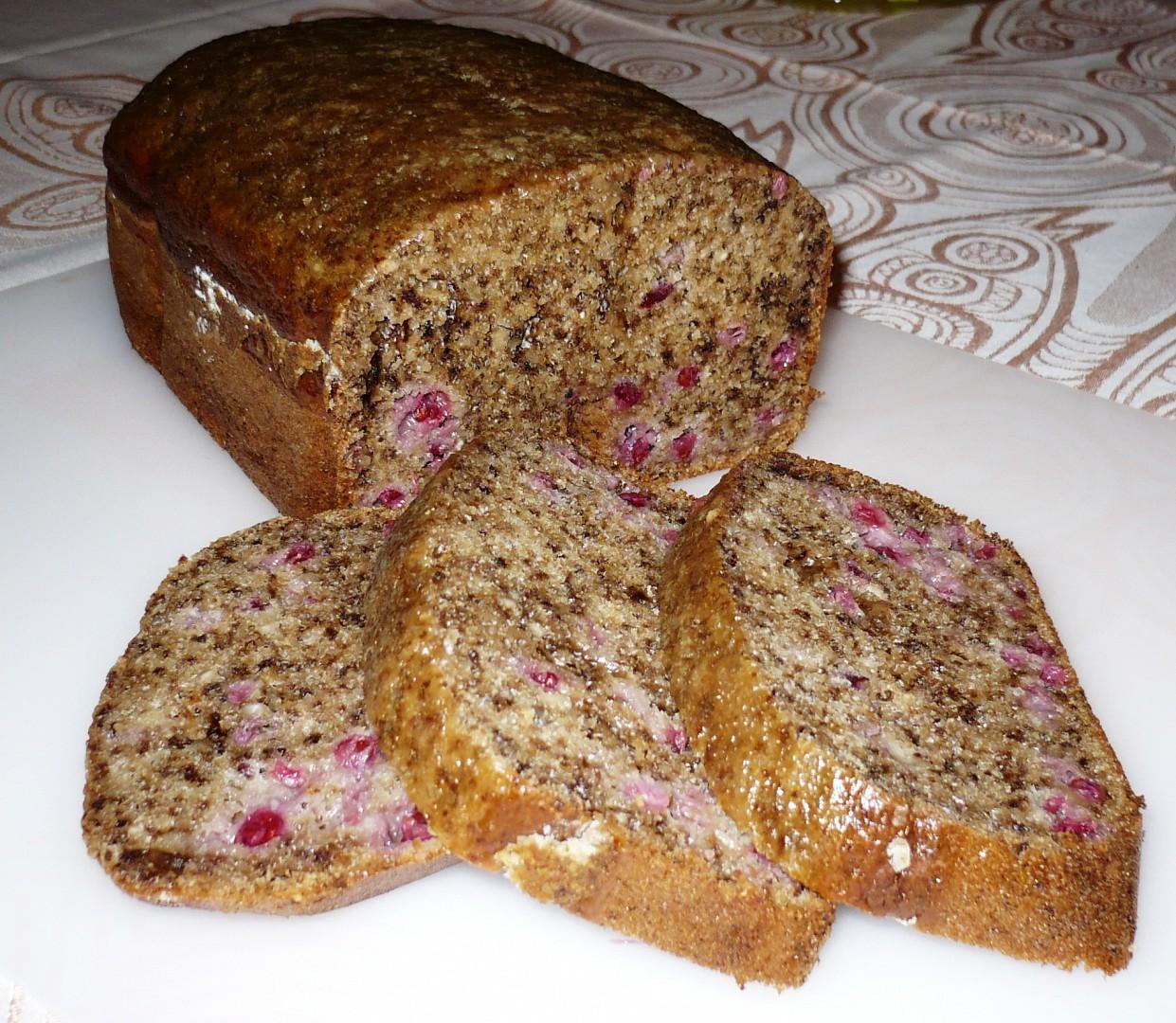 Rybízový chlebíček z pekárny