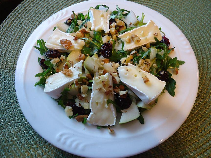 Salát s hruškou a Hermelínem