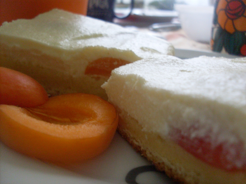 Tvarohový desert s ovocem