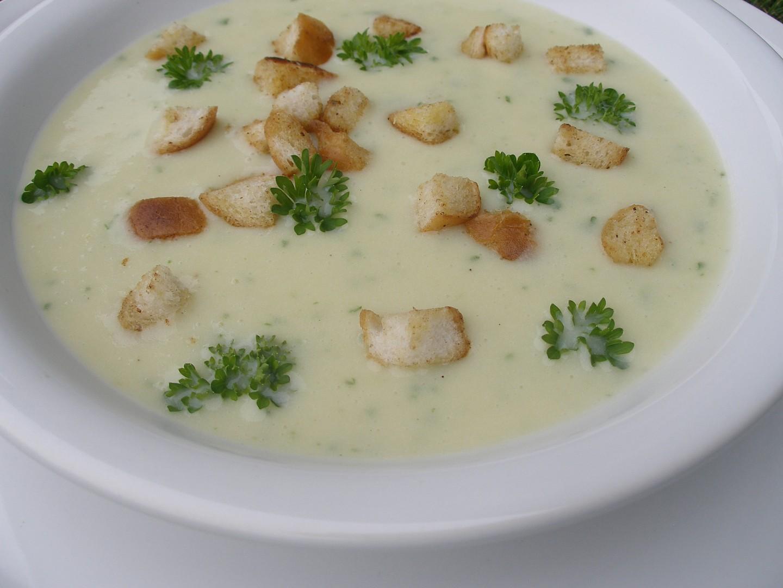Tyrolská bramborová polévka