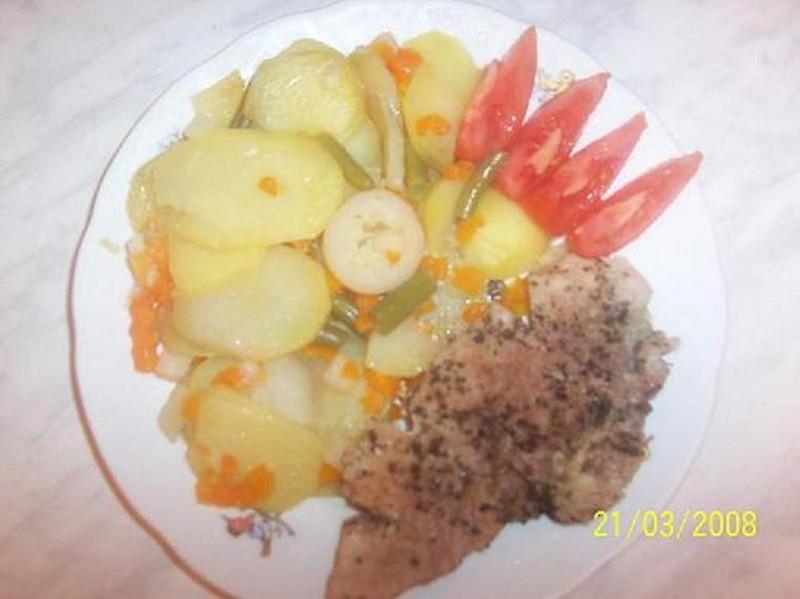 Vepřové maso na česneku v parním hrnci
