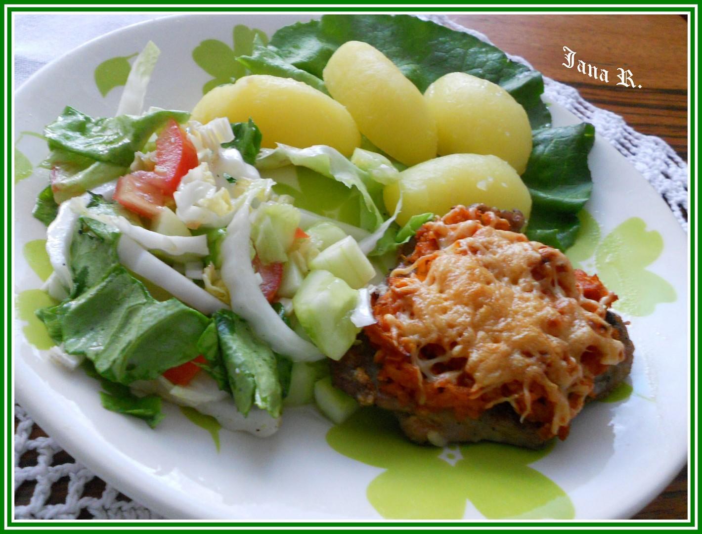 Vepřový řízek s celerem