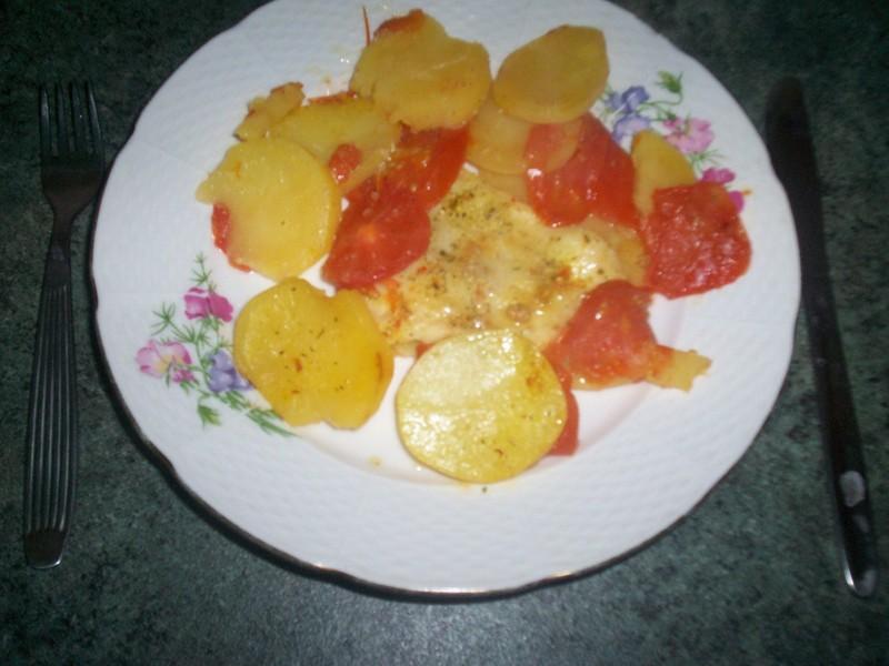 Zapečený pangas s rajčaty