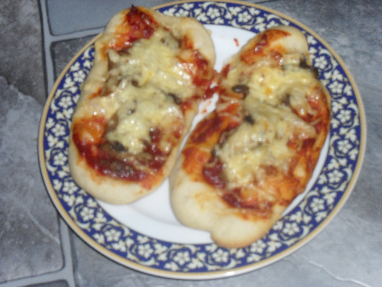 Zapiekanky - skvělá žampionová pizza svačinka